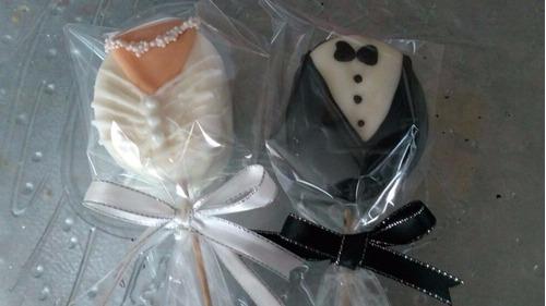 recuerdo de boda - paleta de bombón decoradas con chocolate