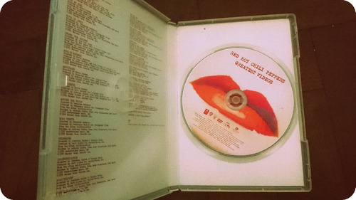 red hot chilli peppers- gratest hits videos- original cd