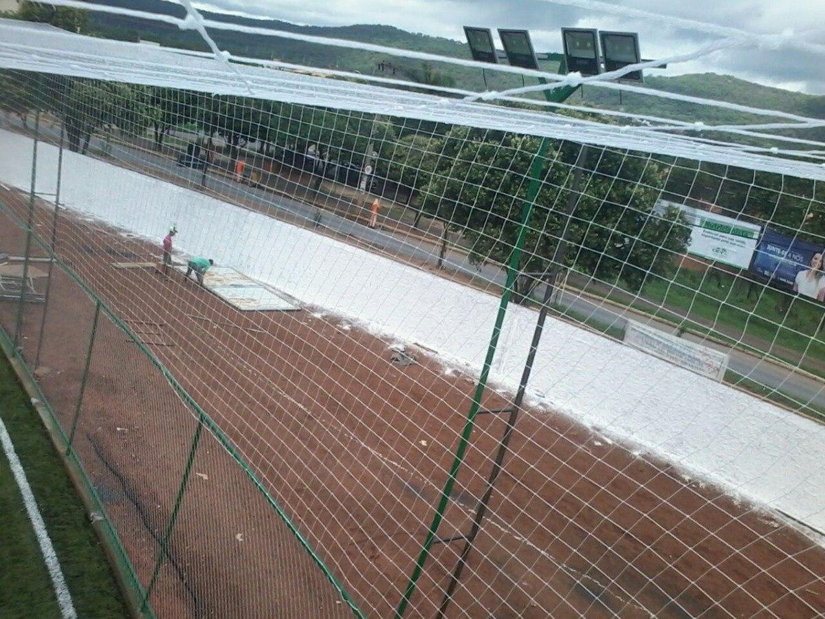 2fd5d5ca95b97 rede de futebol cobertura society campo futebol kit 100m². Carregando zoom.