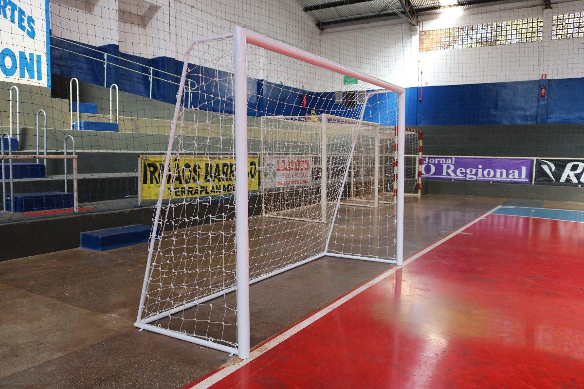 Rede Futebol Nylon Fio 2 Para Futebol Salão (futsal) Par - R  68 498f60f07d0d1