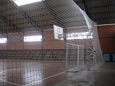 redes de proteção p/ quadras society e campos de futebol