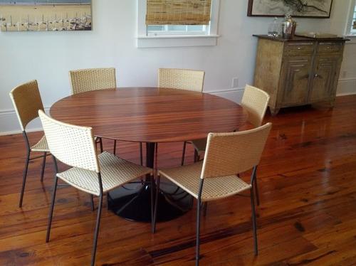 redonda madeira mesa