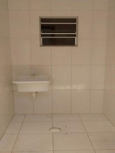 ref.: 101 - casa em mongagua, no bairro nossa senhora de fatima - 2 dormitórios