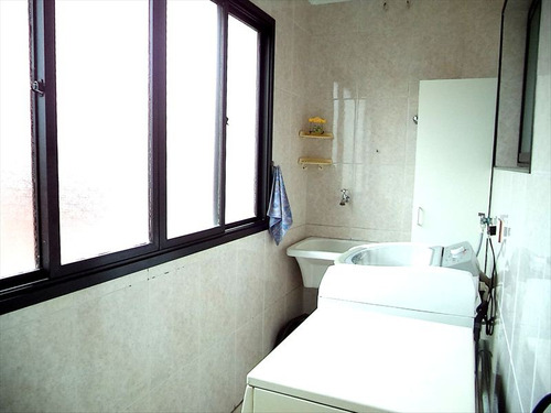 ref.: 1021 - apartamento em praia grande, no bairro guilhermina - 2 dormitórios