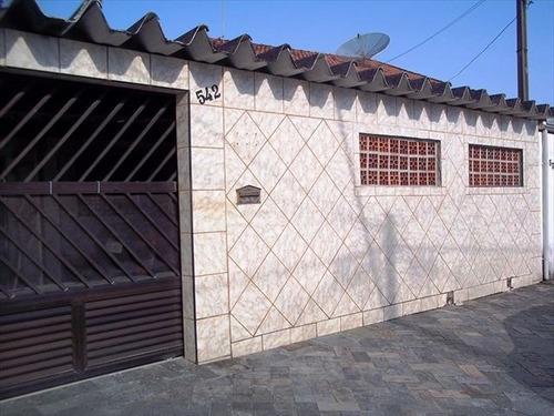ref.: 1301000 - casa em praia grande, no bairro guilhermina - 2 dormitórios