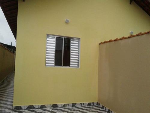 ref.: 138 - casa em mongagua, no bairro jussara - 2 dormitórios