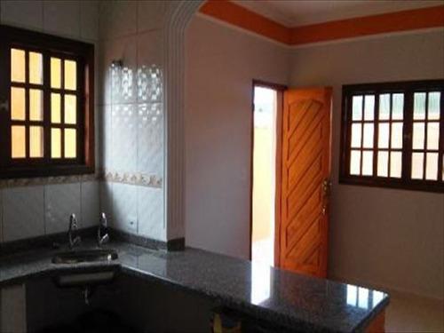 ref.: 15 - casa em itanhaem, no bairro jd magalhaes - 2 dormitórios