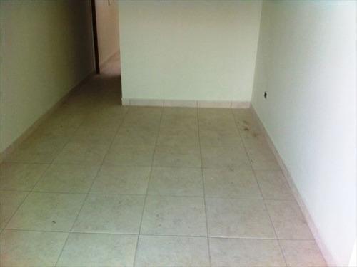 ref.: 151851600 - casa em praia grande, no bairro vila sonia - 2 dormitórios