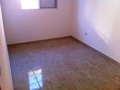 ref.: 151853600 - casa em praia grande, no bairro sitio do campo - 2 dormitórios