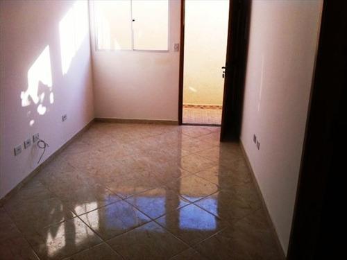 ref.: 151853800 - casa em praia grande, no bairro sitio do campo - 2 dormitórios