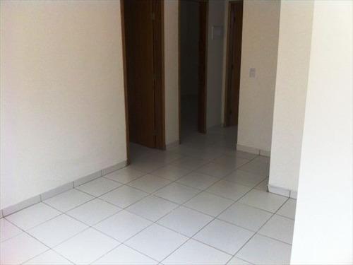 ref.: 151884300 - casa condomínio fechado em praia grande, no bairro guilhermina - 2 dormitórios