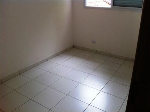 ref.: 151884400 - casa condomínio fechado em praia grande, no bairro guilhermina - 2 dormitórios