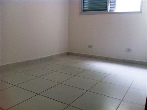 ref.: 151884600 - casa condomínio fechado em praia grande, no bairro guilhermina - 2 dormitórios
