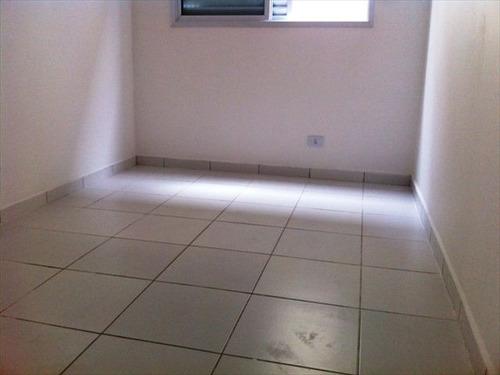 ref.: 151884700 - casa condomínio fechado em praia grande, no bairro guilhermina - 2 dormitórios