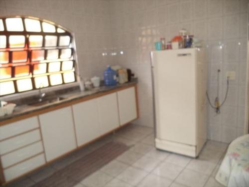 ref.: 152008600 - casa em praia grande, no bairro guilhermina - 2 dormitórios