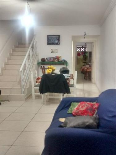 ref.: 152069700 - casa em praia grande, no bairro gloria - 2 dormitórios
