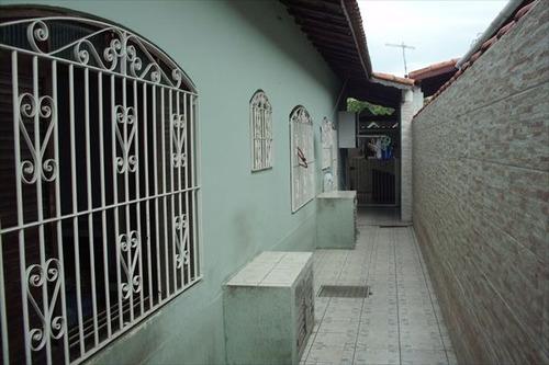 ref.: 1748 - casa em praia grande, no bairro canto do forte - 3 dormitórios