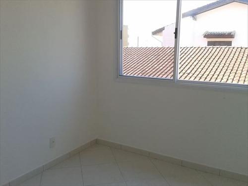 ref.: 175 - casa em mongagua, no bairro centro - 2 dormitórios
