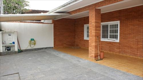 ref.: 189 - casa em itanhaém, no bairro anchieta - 3 dormitórios