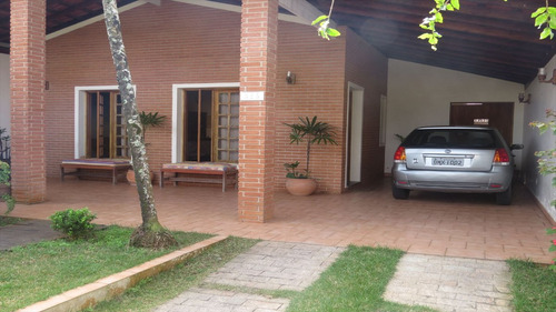 ref.: 190 - casa em itanhaém, no bairro centro - 4 dormitórios