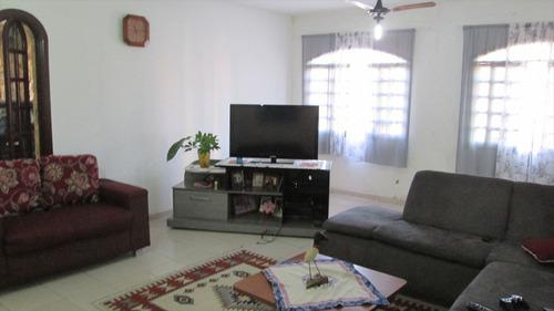 ref.: 20000 - casa em itanhaém, no bairro bal tupy - 4 dormitórios
