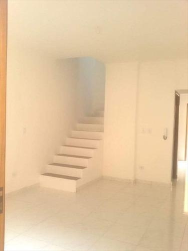 ref.: 202076504 - casa condomínio fechado em praia grande, no bairro melvi - 2 dormitórios