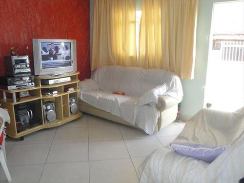 ref.: 202102000 - casa em praia grande, no bairro guilhermina - 2 dormitórios