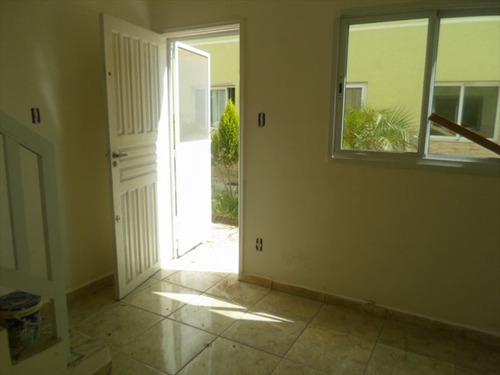 ref.: 202102300 - casa em praia grande, no bairro tude bastos - 2 dormitórios