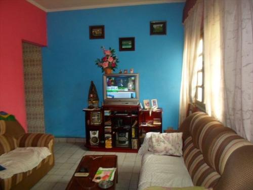 ref.: 202104200 - casa em praia grande, no bairro aviacao - 2 dormitórios
