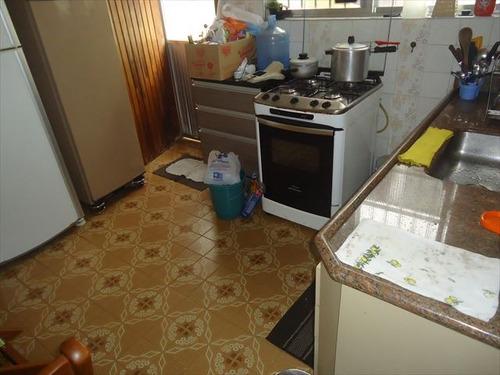 ref.: 202110001 - casa em praia grande, no bairro guilhermina - 2 dormitórios
