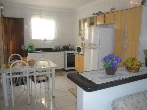 ref.: 202110500 - casa em praia grande, no bairro vila antartica - 2 dormitórios