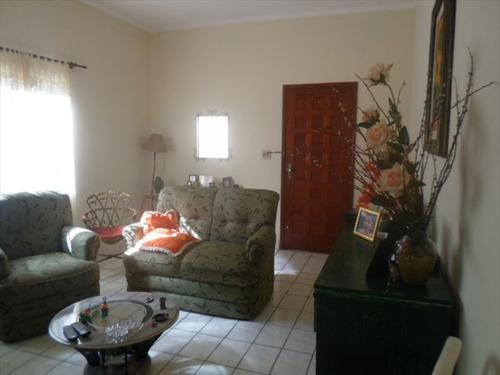 ref.: 202112900 - casa em praia grande, no bairro aviacao - 2 dormitórios