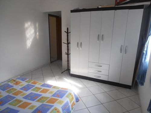 ref.: 202114701 - casa em mongagua, no bairro vila antartica - 2 dormitórios