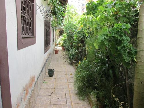 ref.: 202115100 - casa em praia grande, no bairro boqueirao - 2 dormitórios