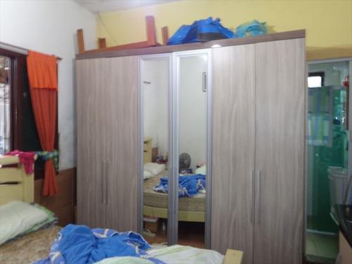 ref.: 202115400 - casa em praia grande, no bairro caicara - 2 dormitórios