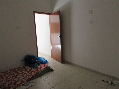 ref.: 202116204 - casa em praia grande, no bairro caicara - 2 dormitórios