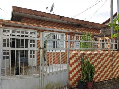 ref.: 202117204 - casa em praia grande, no bairro boqueirao - 2 dormitórios