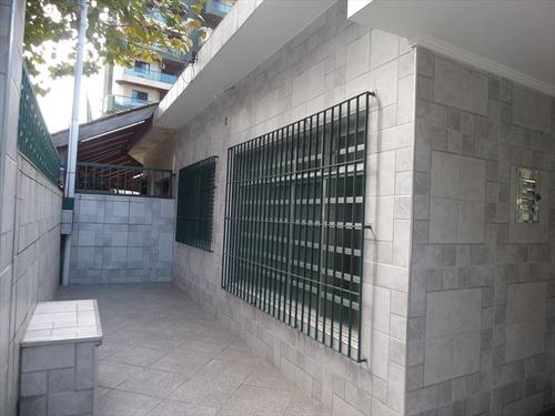 ref.: 202118601 - casa em praia grande, no bairro boqueirao - 2 dormitórios