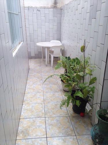 ref.: 202121404 - casa em praia grande, no bairro guilhermina - 2 dormitórios