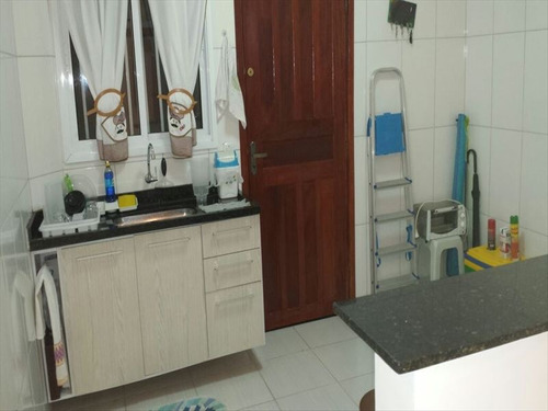 ref.: 202121701 - casa em praia grande, no bairro aviacao - 2 dormitórios