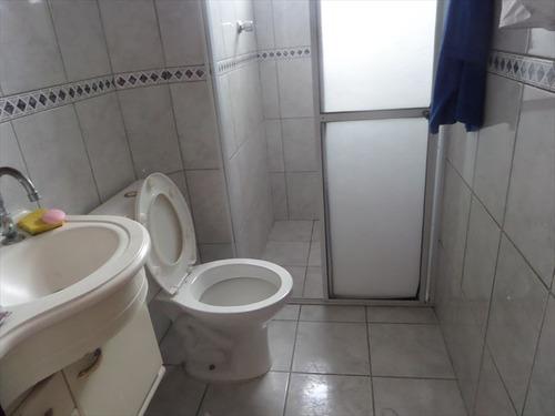 ref.: 202121901 - casa em praia grande, no bairro guilhermina - 2 dormitórios