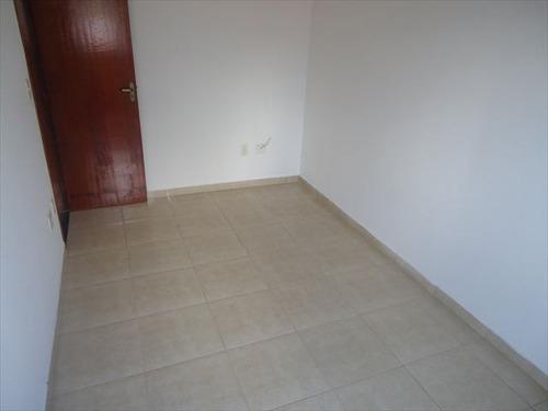 ref.: 20267700 - casa em praia grande, no bairro guilhermina - 2 dormitórios