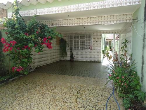 ref.: 20284400 - casa em praia grande, no bairro aviação - 2 dormitórios