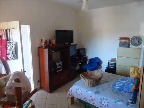 ref.: 20287700 - casa em praia grande, no bairro caicara - 2 dormitórios