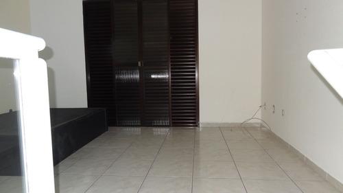 ref.: 203027004 - casa em praia grande, no bairro vila sonia - 3 dormitórios
