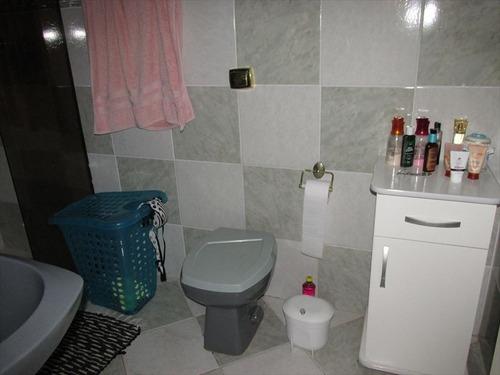ref.: 20374100 - casa em praia grande, no bairro guilhermina - 3 dormitórios