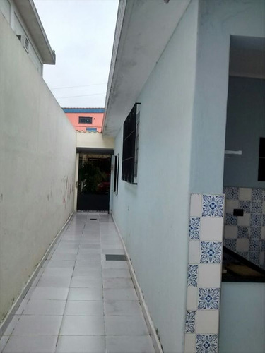 ref.: 20376600 - casa em sao vicente, no bairro vila margarida - 3 dormitórios