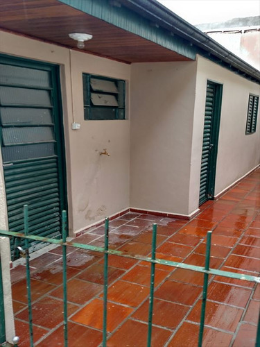 ref.: 2038 - casa em sao paulo, no bairro vila nivi - 3 dormitórios
