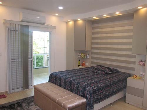 ref.: 204120700 - casa em praia grande, no bairro forte - 4 dormitórios