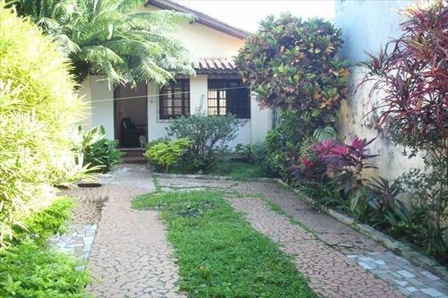 ref.: 2076 - casa em praia grande, no bairro maracana - 2 dormitórios